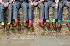 Habillez les pieds de vos témoins avec les chaussettes colorées Archiduchesse!