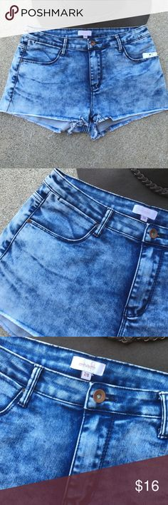 Jean shorts. New Comfiest Jean shorts ever! 68% cotton 30% polyester 2% spandex Shorts Jean Shorts