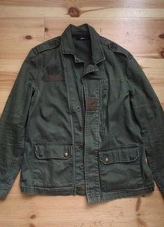 Kaufe meinen Artikel bei #Kleiderkreisel http://www.kleiderkreisel.de/damenmode/blazer-blazer/127904968-khaki-jacke-im-military-style