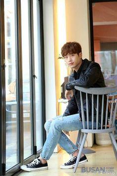 VK is the largest European social network with more than 100 million active users. Actors Male, Handsome Actors, Asian Actors, Korean Actors, Actors & Actresses, Seo Kang Jun, Seo Joon, Seo Kang Joon Wallpaper, Gong Myung
