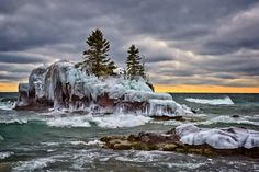 Hollow Rock by Mike Woodard on Capture Minnesota // Cold windy morning, the sun tries to break through.