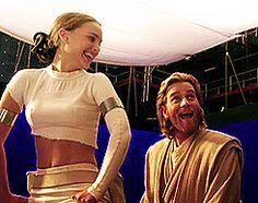 Natalie Portman and Ewan McGregor on the set of Star Wars Epiode II: Attack of the Clones. Star Wars Cast, Star Wars Film, Star Trek, Star War 3, All Star, Ewan Mcgregor, The Force Is Strong, Love Stars, Obi Wan