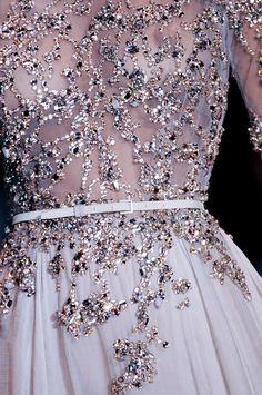 Absolutely understated elegance is this masterpiece! Tumbir via Victoria Salerno