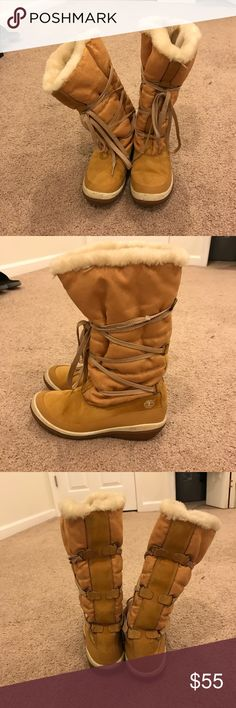 Timberland Woman's Tall Lace Up Snow Boots Still in great condition, was worn out in the snow once, Size 9 1/2 Timberland Shoes Winter & Rain Boots