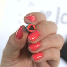 This is such a fun and EASY craft. Turn a pencil eraser into a triangle stamp and see what all you can create.