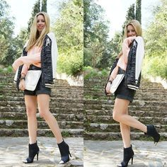 Leather Skirt, Booty, My Love, Skirts, Clothes, Women, Style, Fashion, Moda