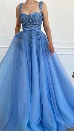 Pretty Prom Dresses, Prom Dresses Blue, Ball Dresses, Ball Gowns, Evening Dresses, Beaded Dresses, Fantasy Gowns, Sweetheart Prom Dress, Fairytale Dress