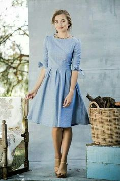 25 Classic Ladylike Looks For You: Spring Heading Into Summer. - 25 Classic Ladylike Looks For You: Spring Heading Into Summer. Day Dresses, Casual Dresses, Blue Dress Casual, Classy Dress, Winter Dresses, Simple Dresses, Dresses Online, Classic Dresses, Sleeve Dresses