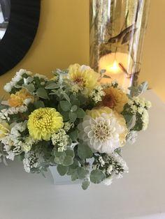 Dahlias, Glass Vase, Table Decorations, Furniture, Home Decor, Decoration Home, Room Decor, Dahlia, Home Furnishings