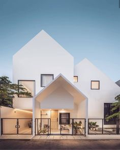 Super Minimalist Home Design Exterior Ideas Minimalist House Design, Minimalist Architecture, Modern House Design, Interior Architecture, Architecture Sketchbook, Architecture Graphics, Victorian Architecture, Architecture Student, Architecture Portfolio