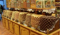 La Cure Gourmande looks like an old-fashioned confectionery store. Here you can sample a wide variety of sweets, biscuits, chocolates, nougats, caramels and all manner of other sugary treats. Let ...