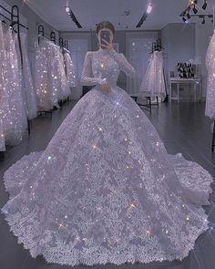 Pretty Quinceanera Dresses, Pretty Prom Dresses, Ball Dresses, Cute Dresses, Beautiful Dresses, Princess Ball Gowns, Princess Wedding Dresses, Dream Wedding Dresses, Bridal Dresses