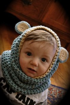 Hoodie Scarf Tutorial, another must-make for my knitting list! Crochet Bebe, Crochet For Kids, Knit Crochet, Crochet Hats, Knitted Hat, Little People, Little Ones, Knitting Projects, Crochet Projects