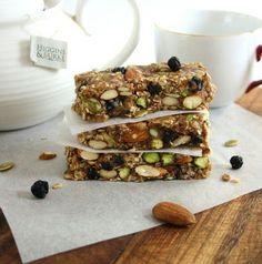 Inspired Edibles: Blueberry Bliss Breakfast Bars (Vegan, Gluten Free, Refined Sugar Free)