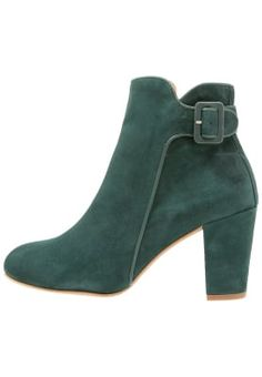 bestil Shoe The Bear HANNAH II - Ankelstøvler - green til kr 1.295,00 (03-10-16). Køb hos Zalando og få gratis levering.