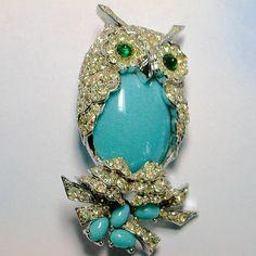 Vintage turquoise owl pin