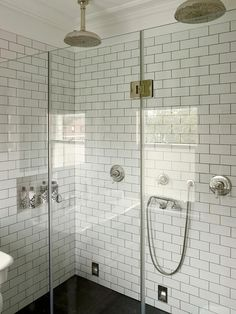 Bathroom:Marvelous Small Shower Room Ideas With White Bricket Ceramic Wall Shower Room And Black Ceramic Floor Also Clear Glass Shower Screen Along With Double Round Head Shower Modern Shower Room Ideas for Small Bathroom Small Shower Room, Small Showers, Small Narrow Bathroom, Small Bathrooms, Minimalist Bathroom Furniture, Master Bathroom Layout, Bathroom Renovations, Bathroom Ideas, Shower Ideas