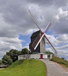 https://upload.wikimedia.org/wikipedia/commons/thumb/6/67/Brugge_Koeleweimolen_R01.jpg/266px-Brugge_Koeleweimolen_R01.jpg
