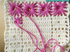 Needle weaving in crochet - this is so nice! And another way to highlight filet crochet designs Filet Crochet, Crochet Motifs, Crochet Potholders, Crochet Squares, Crochet Stitches, Granny Squares, Crochet Crafts, Crochet Yarn, Crochet Projects