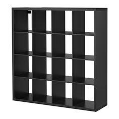 KALLAX Open kast IKEA Deze vakkenkast is van alle kanten even mooi en kan daarom worden gebruikt als room devider of scheidingswand.