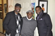 """In this picture is Frank Morrison, Charly Palmer and Kevin """"WAK"""" Williams. African American Culture, African American Artist, Native American Art, American Artists, Frank Morrison Art, Zara Suits, Indian Artwork, Black History, History Pics"""