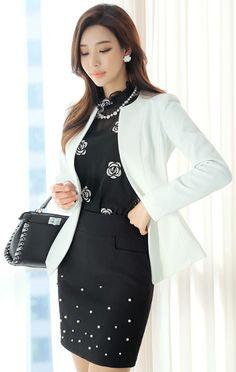 StyleOnme_Pearl Decorated Unique Texture H-Line Skirt #black #pearl #elegant #pencilskirt #feminine #koreanfashion #kstyle #seoul