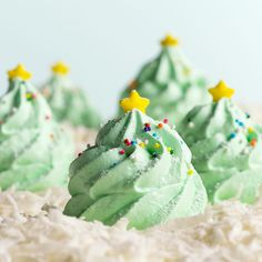 These meringues are eye-catching on the dessert table at a holiday party, and they taste heavenly! Look no further for the perfect treat to get you into the Christmas spirit. Christmas Tree Food, Christmas In July, Christmas Goodies, Christmas Treats, Christmas Recipes, Peanut Butter Kiss Cookies, Cut Out Cookies, Taste Of Home, Mint Chocolate