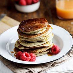 Easy and healthy Banana Oat pancakes