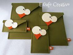 Handmade fabric bags, happy owls and copper jewels Felt Diy, Felt Crafts, Diy And Crafts, Handmade Fabric Bags, Handmade Tags, Felt Wallet, Felt Bookmark, Felt Case, Diy Blog