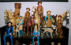 Santa brought me a lot of Johnny West dolls at an early age.  I clearly remember wondering why Santa had given them to me and when Mom showed me how cool they were, I was in love.  There were so many pieces in the collection that I never got a complete set.