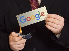 La sanción multimillonaria a Google: una tarjeta roja al sucio juego del monopolio http://www.playgroundmag.net/noticias/actualidad/UE-multa_record_Google-anticompetencia-excesos_0_2000799942.html?utm_source=facebook.com&utm_medium=post&utm_campaign=original&utm_term=madre