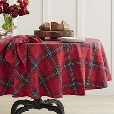 Classic Tartan Plaid Tablecloth - Traditional - Tablecloths - by ...