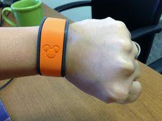 Disney usará 'pulseras espía' para multiplicar los beneficios