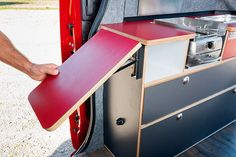 Camping Table - Thinking Of Taking A Camping Trip? Bus Camper, Build A Camper Van, Mini Camper, Camper Life, Pop Up Camping Tent, Camping Box, Camping Table, Camping Outdoors, T4 Vw