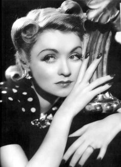 Today in 1904 Constance Bennett was born.