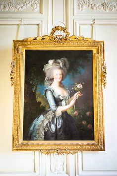 Marie-Antoinette a La Rose by Louise Elisabeth Vigee Le Brun - Petit Trianon, Palace of Versailles Marie Antoinette, Chateau Versailles, Palace Of Versailles, Louis Xvi, Era Georgiana, Trianon Palace, Paris, French Royalty, French History