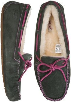 e619f22a9ce Shop - Swell - Your Local Surf Shop. Uggs ...