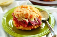 These cheesy biscuit sandwiches marry two of my favorite Southern staples: pimento cheese and country ham. I like to serve them drizzled with honey mustard. Drop Biscuits, Cheese Biscuits, Pimento Cheese, Ham Recipes, Cooking Recipes, Ham Rolls, Ham Sliders, Biscuit Sandwich, Country Ham