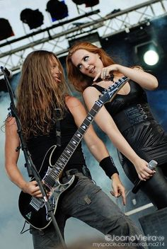Simone Simons and Mark Jansen (EPICA) - unsure whether I can really be bothered with Epica anymore ... but ... urm ... Simone, tho. *perpetual girlcrush*