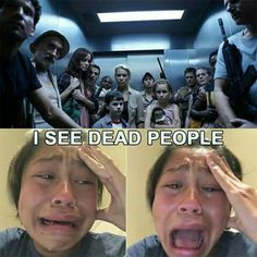 They're almost all dead.😢 Except Rick, Daryl and Carol Walking Dead Funny, Fear The Walking Dead, Walking Dead Quotes, Z Nation, Twd Memes, Funny Memes, Daryl And Carol, Daryl Dixon, Zombies