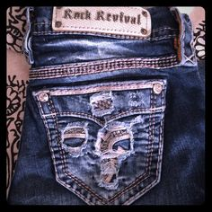 Rock Revival bootcut jeans from the Buckle 27x34 about a 6/7 in normal sizes. Perfect condition. Bootcut bottom opening. Make an offer! ❤️ Rock Revival Jeans Boot Cut