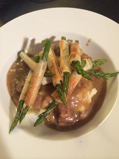 Hachee, aardappelpuree en asperges in filodeeg! #smullen