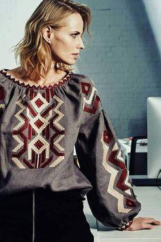 Folk Fashion, Ethnic Fashion, Fashion Art, Womens Fashion, Fashion Design, Folk Embroidery, Embroidery Designs, Palestinian Embroidery, Embroidered Clothes