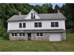Nicole Weissinger with Randall, Realtors Real Living: 491 VALLEY RD, Killingly, CT 06239 - Killingly Real Estate