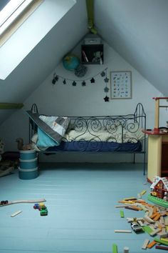 attic room | kids
