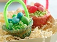 Create the most delicious Easter baskets! Sugar cookie mix makes it extra easy.... Need to make these with Little Man sometime.  (I think I would even cheat and use the already made dough!)