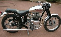 """Royal Enfield twin started life in an Indian Tomahawk; A rare Royal Enfield motor and frame were briefly """"re. European Motorcycles, Antique Motorcycles, American Motorcycles, Cool Motorcycles, Indian Motorcycles, Indian Tomahawk, Indian Motors, Motorcycle Rallies, Mechanical Art"""