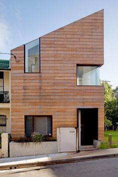 The Stirling House in Sydney, Australia by MAC Interactive Architects