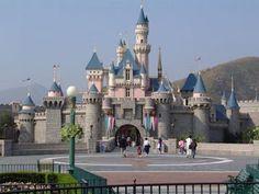Paket Tour Hongkong Disneyland 4D | Biro Haji dan Travel Berbiaya Murah