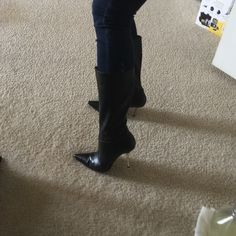 Guess leather boot Worn only once. Black leather boot with metal heel. Guess by Marciano Shoes